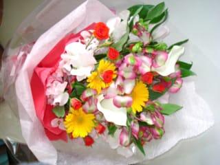 花束 お祝い 3